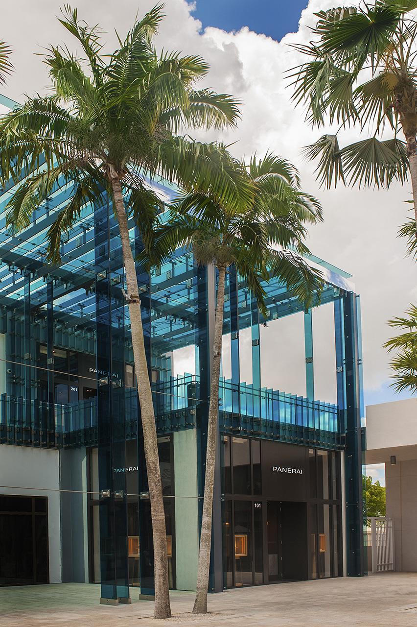 Panerai Boutique Miami exterior 1