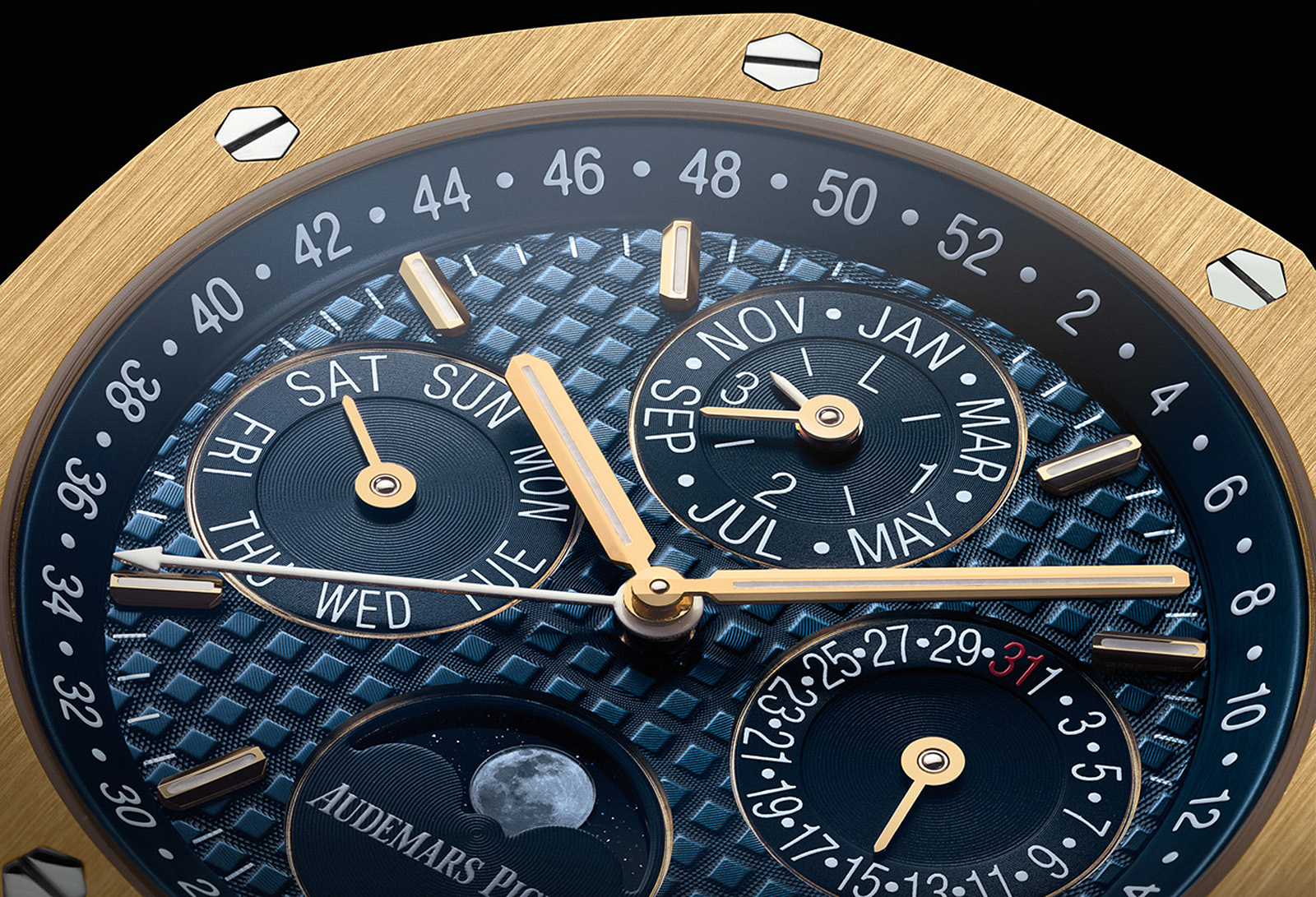 Audemars Piguet Royal Oak Perpetual Calendar Yellow Gold crop esfera