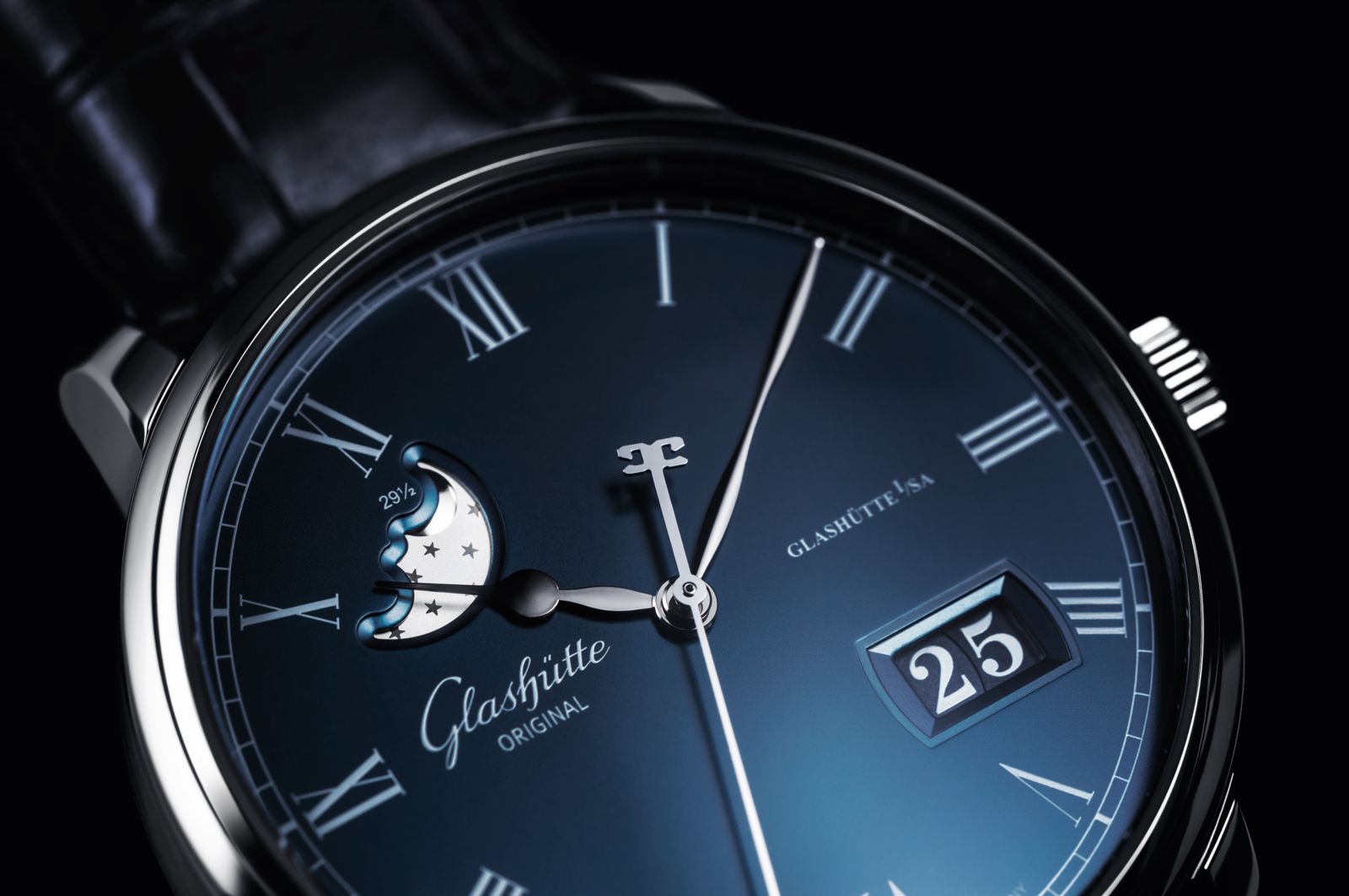 Glashutte Original Senator Panorama Moon Boutique Detail