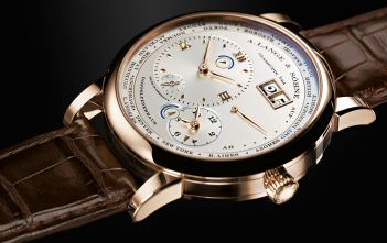 Lange 1 Time Zone Honey Gold Edition