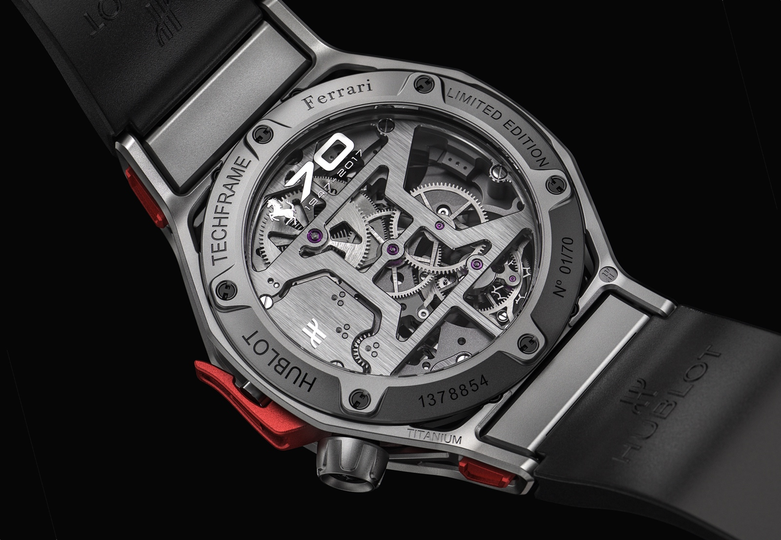 Hublot en Baselworld 2017 - Techframe Ferrari 70 years Tourbillon Chronograph - back