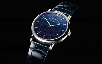 Lange Saxonia Thin Blue Cover