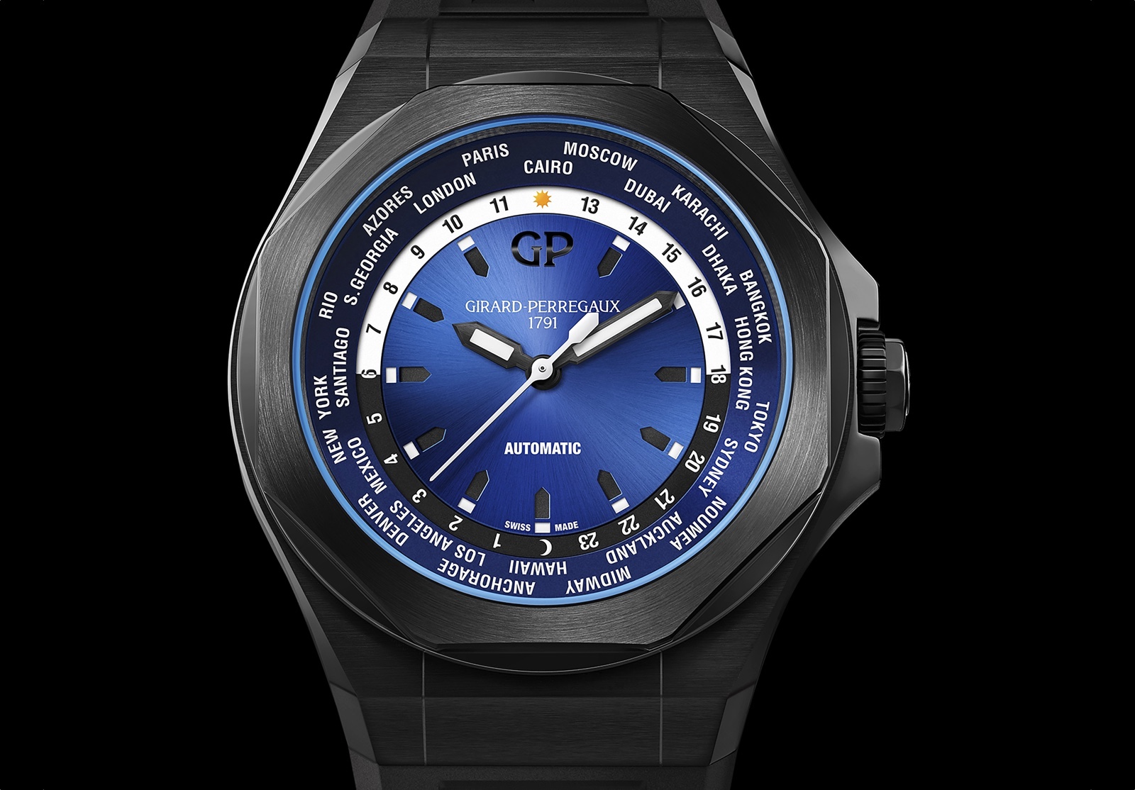 Girard-Perregaux Laureato Absolute WW.TC. Front