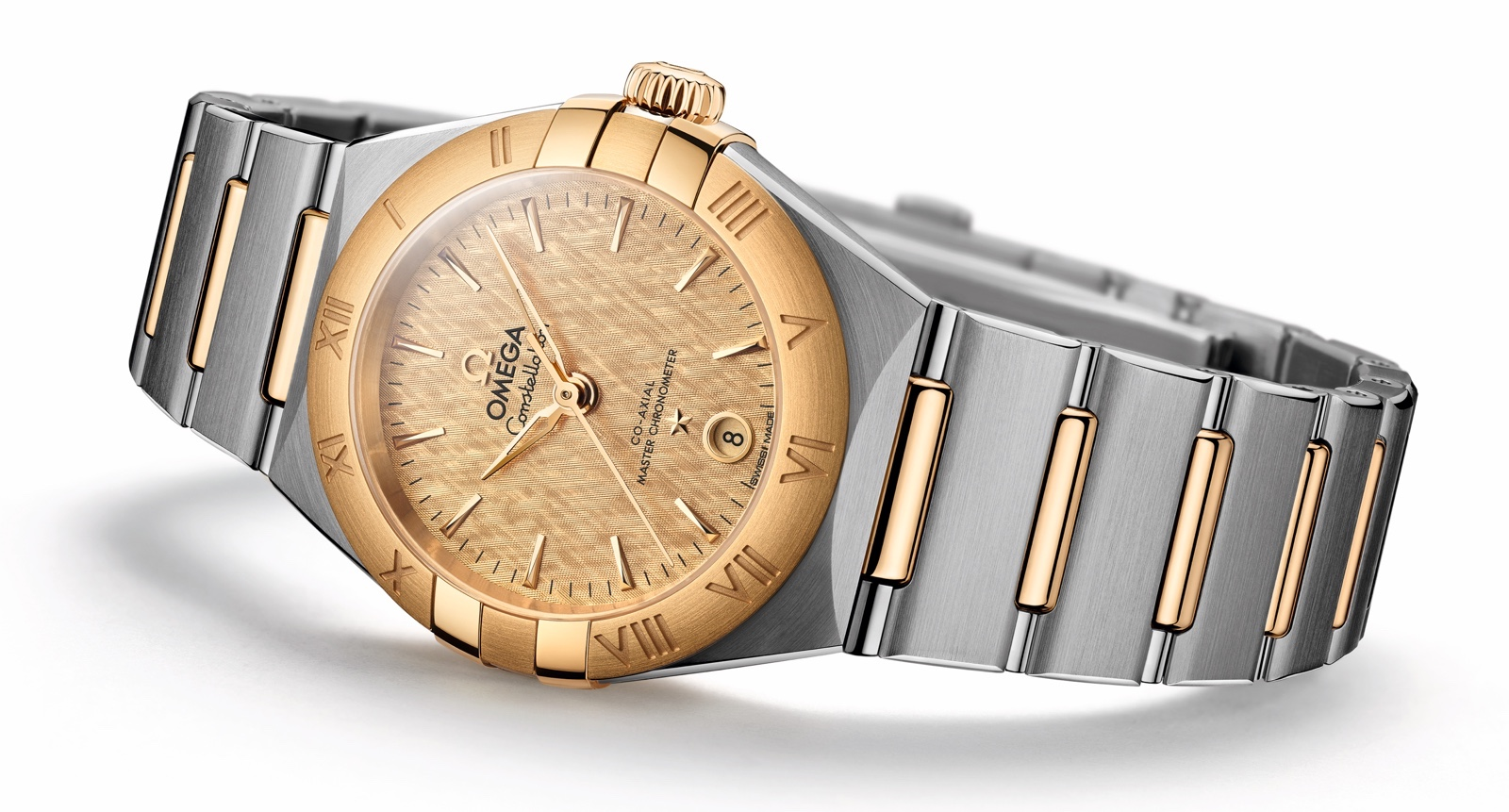 Omega-Constellation-Manhattan-29-mm