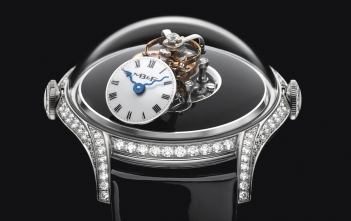 MB&F Legacy Machine FlyingT Cover