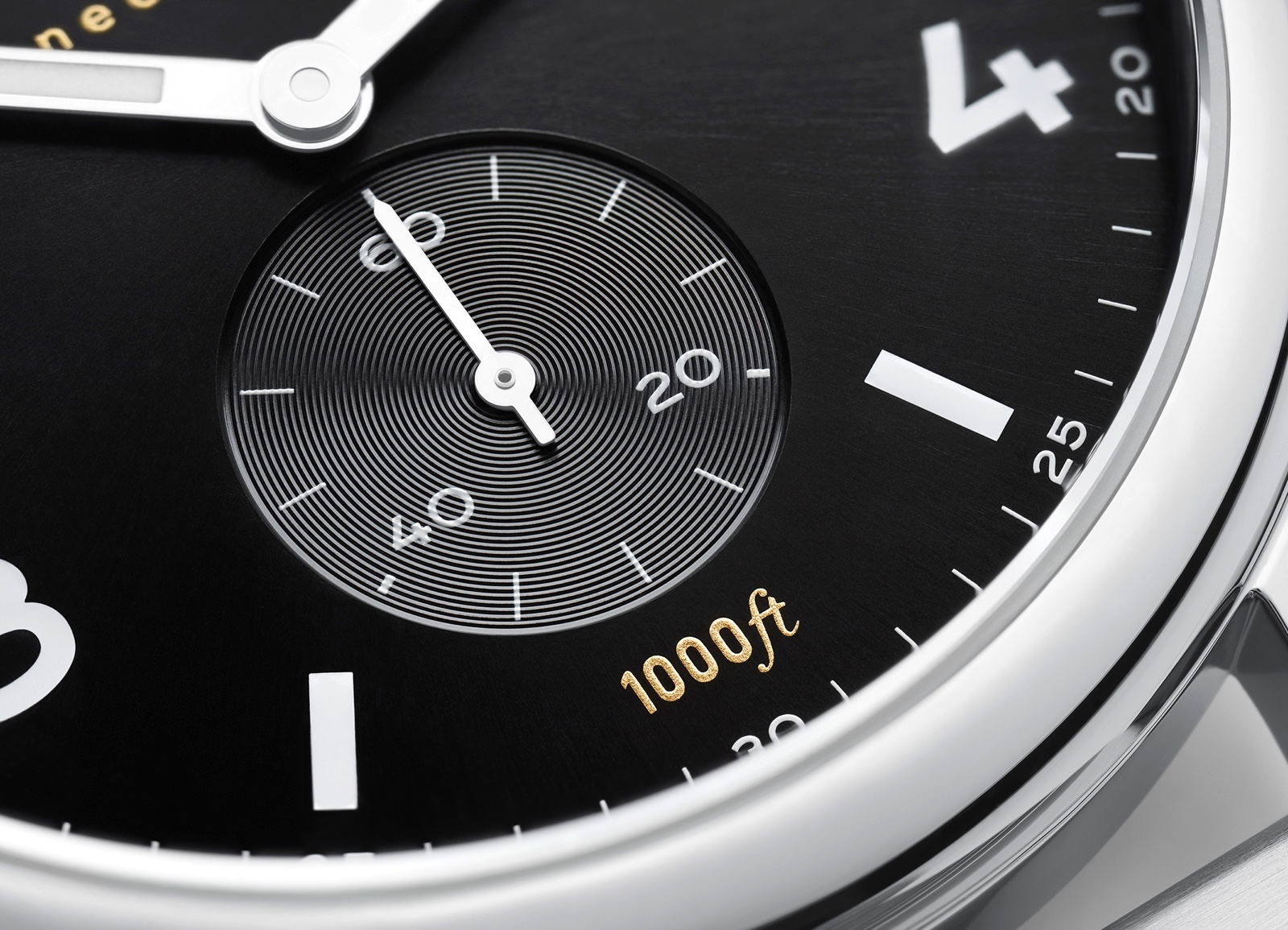 NOMOS Club Sport Small Seconds Detail
