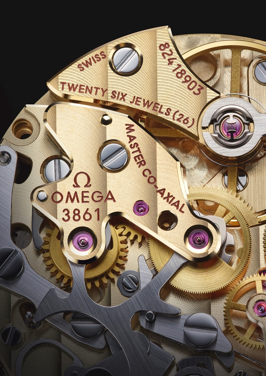 Omega Master Chronometer Calibre 3861 Moonshine Gold Detail