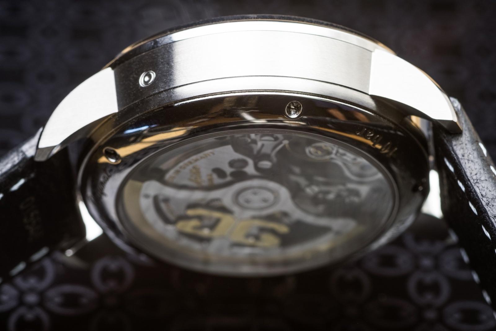 Glashütte Original Senator Chronograph Panorama Date Case Profile