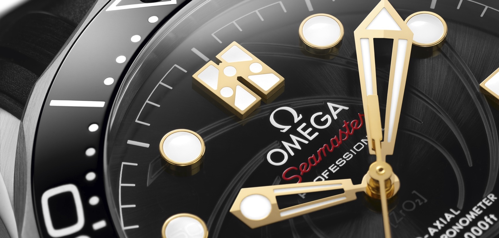 Omega Seamaster Diver 300M James Bond Limited Edition Cover