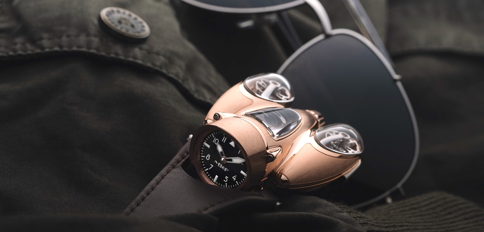 MB&F Horological Machine Nº9 Flow Red Gold Cover