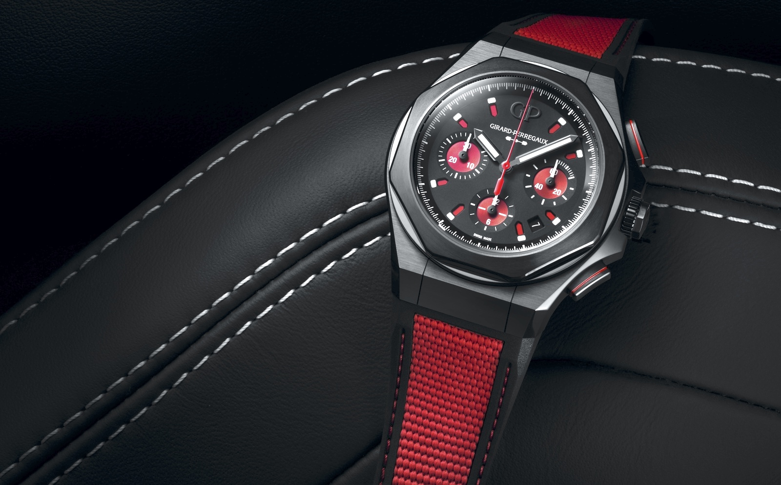 Girard-Perregaux Laureato Absolute Passion Mood