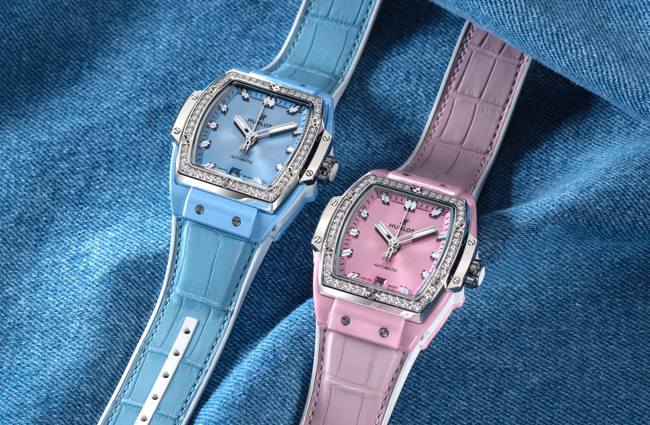 Hublot Spirit of Big Bang Light Blue & Pink Ceramic - Titanium duo Lifestyle 3b