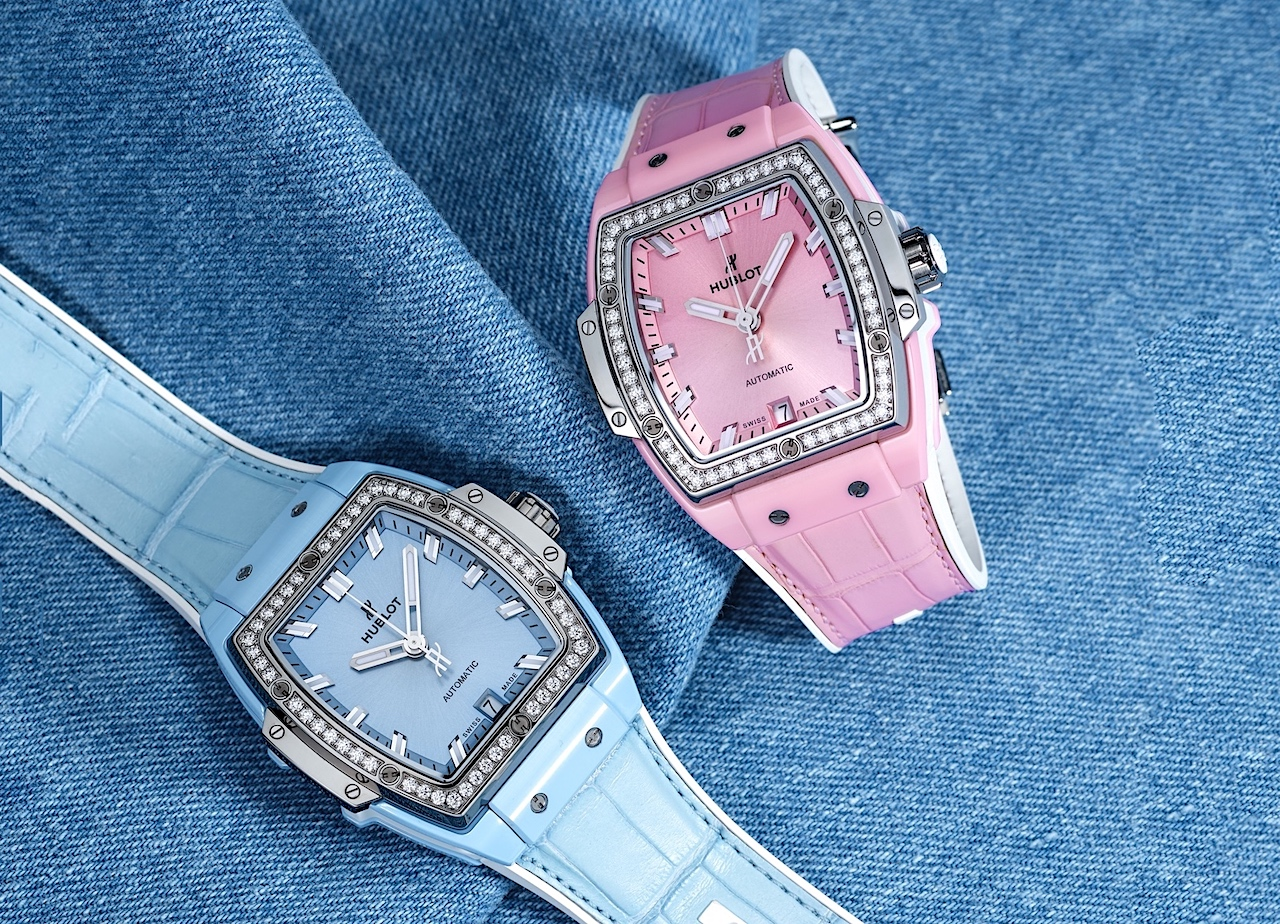 Hublot Spirit of Big Bang Light Blue & Pink Ceramic - Titanium duo Lifestyle