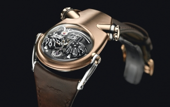 MB&F HM 10 Bulldog Cover