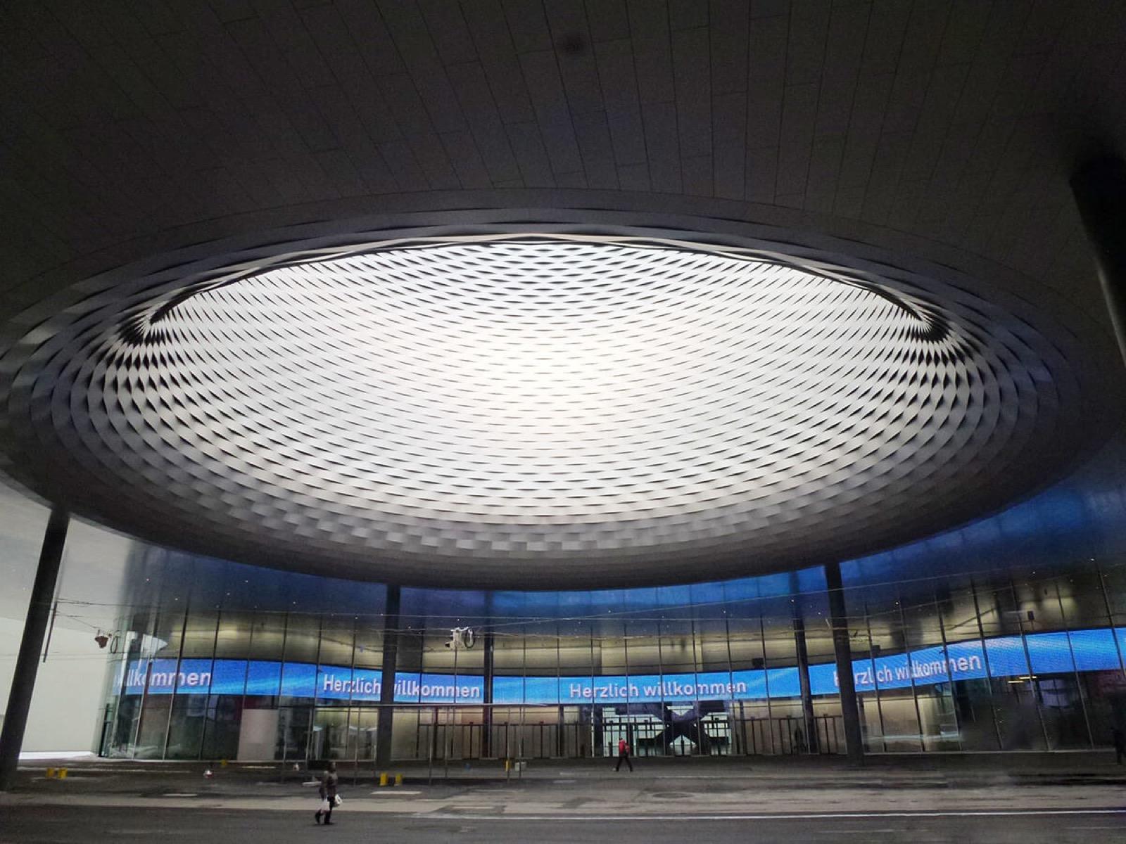 El nuevo aspecto de la Messeplatz al inaugurar Baselworld 2013