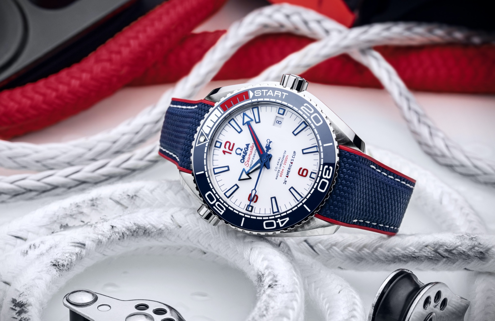 Omega Seamaster Planet Ocean 36th America's Cup - lifestyle 01