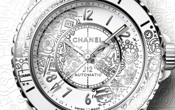 Chanel J12∙20 - cover