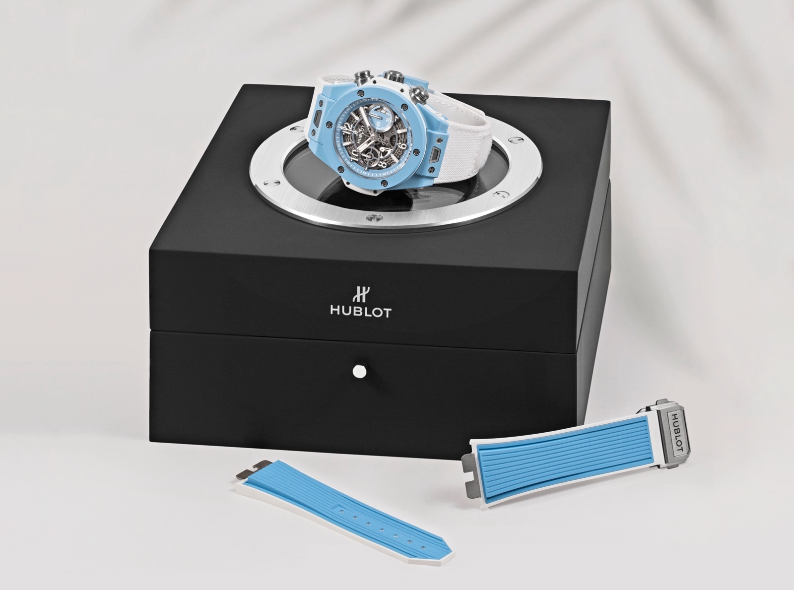Hublot Big Bang Unico Sky Blue - box