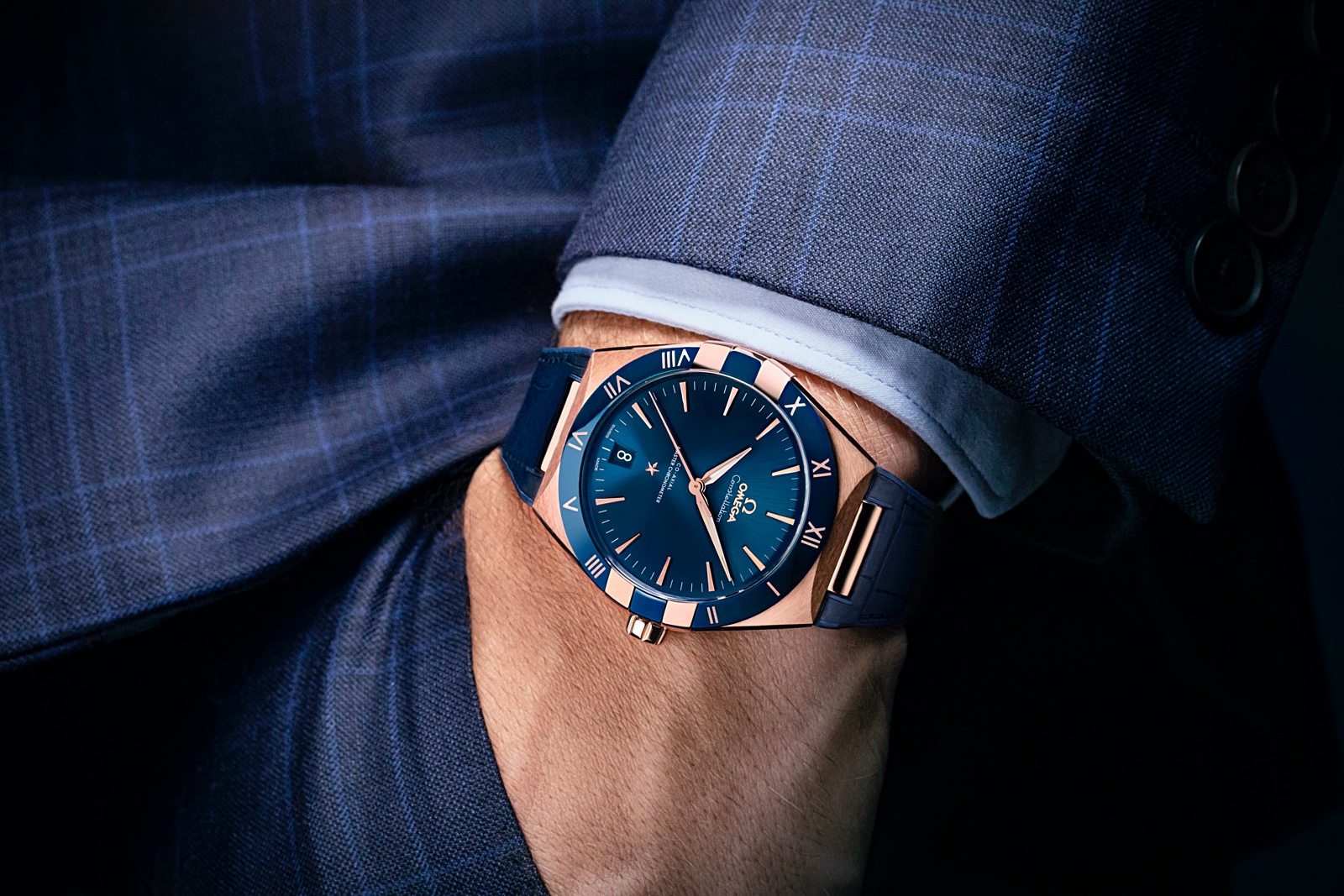 Omega Constellation Gents' 41 - Sedna gold lifestyle