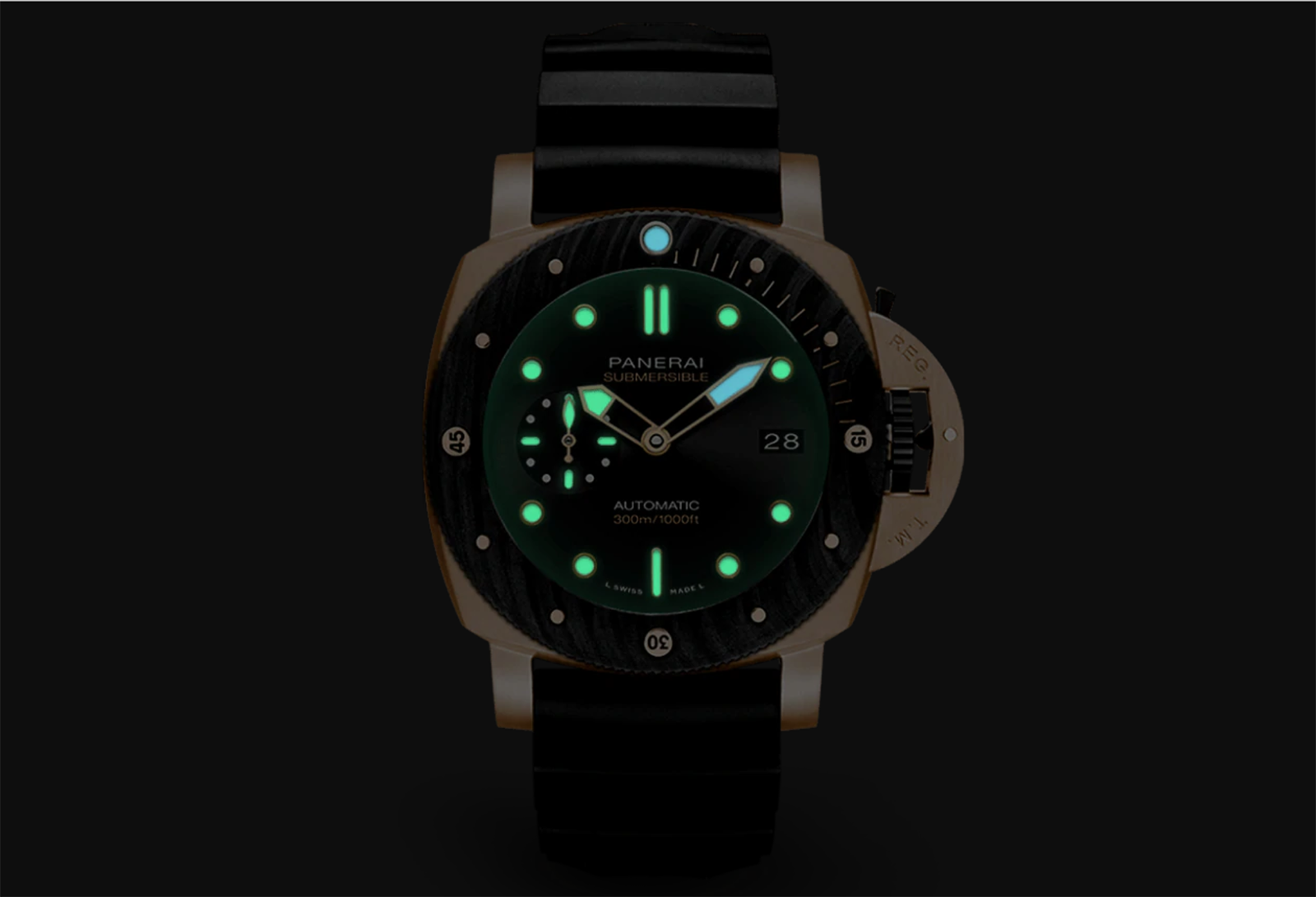 Panerai Submersible Goldtech Orocarbo PAM01070