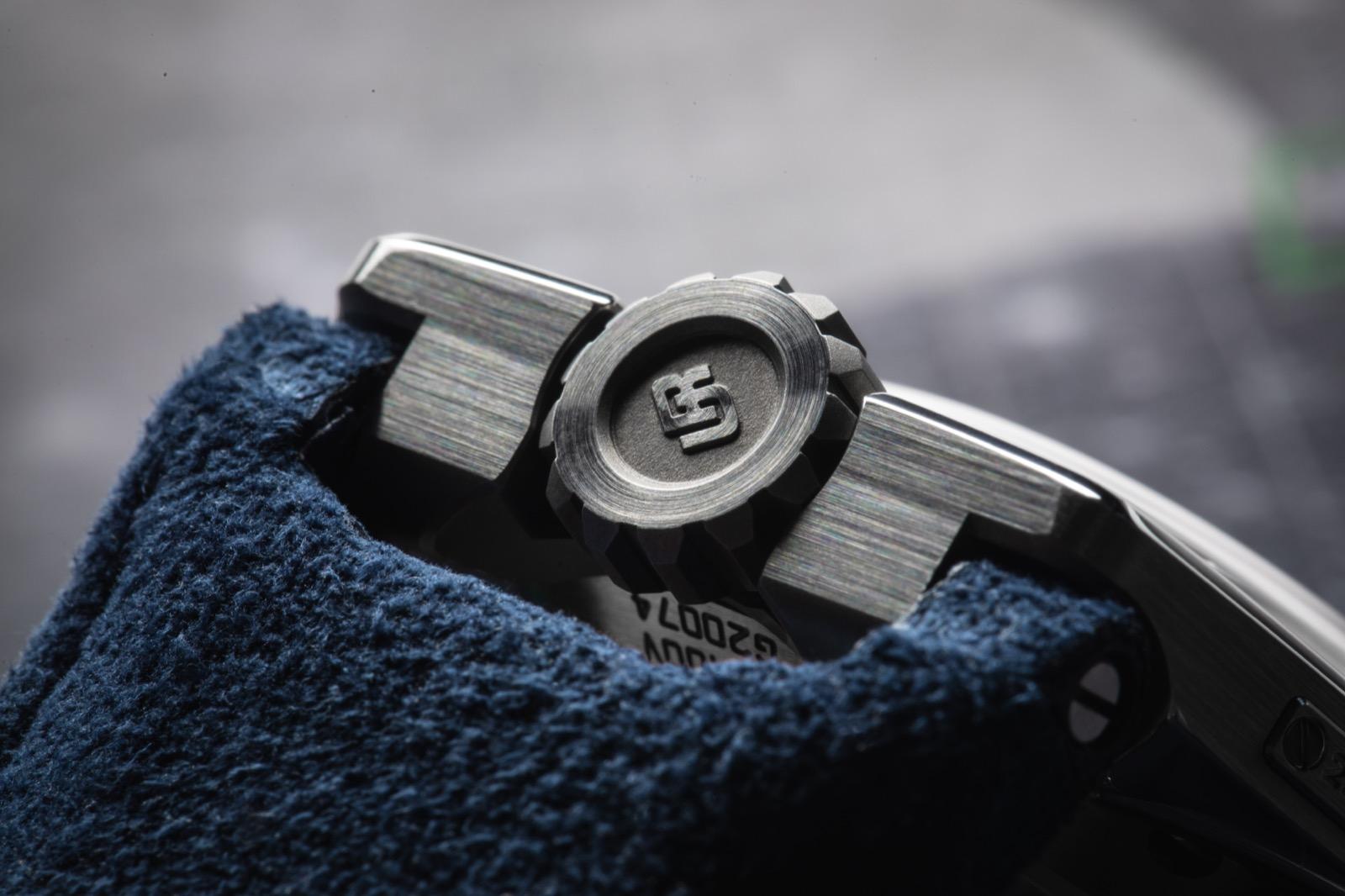 Urwerk UR-100 Iron