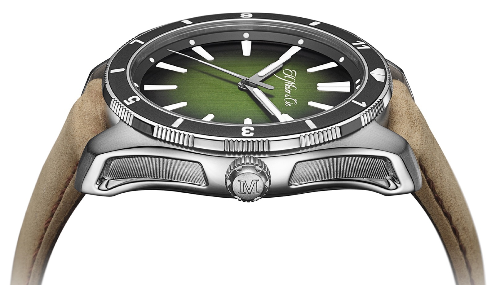 H. Moser & Cie Pioneer Centre Seconds Rotating Bezel C.02 for Collective Horology