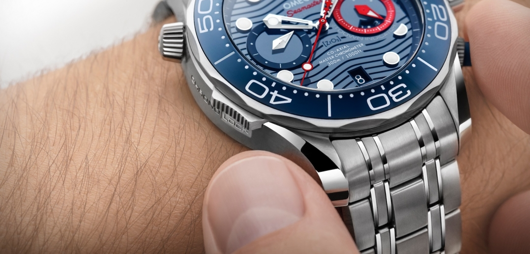 Omega Seamaster Diver 300M Chronograph Americas Cup - Chrono Lock 01