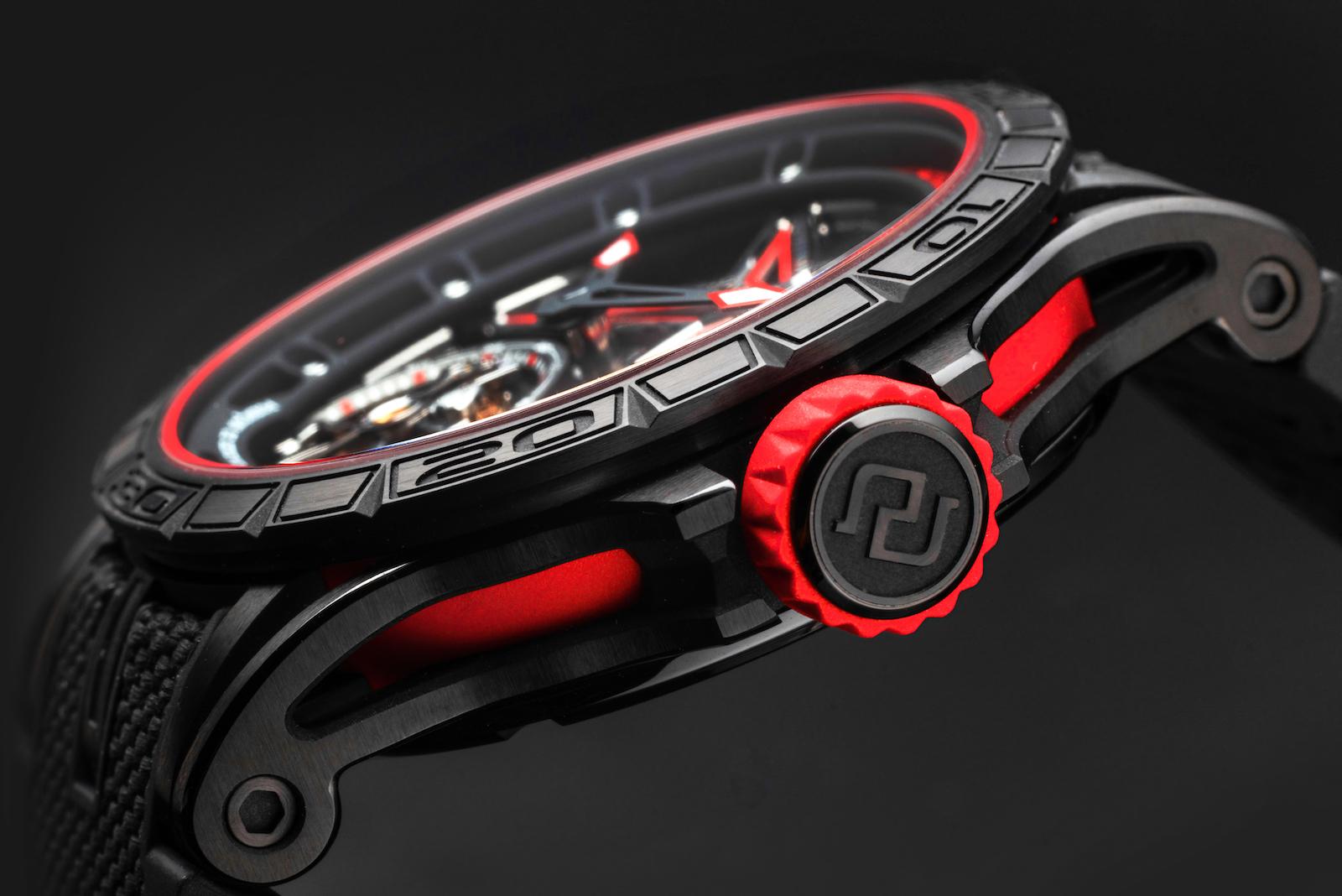 Roger Dubuis Excalibur Spider Flying Tourbillon 39 - Pirelli carrura