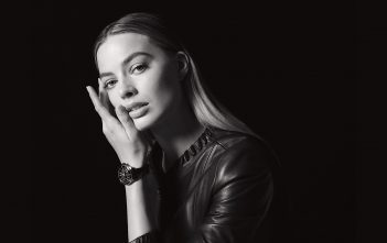 Margot Robbie, nueva musa del Chanel J12 - cover