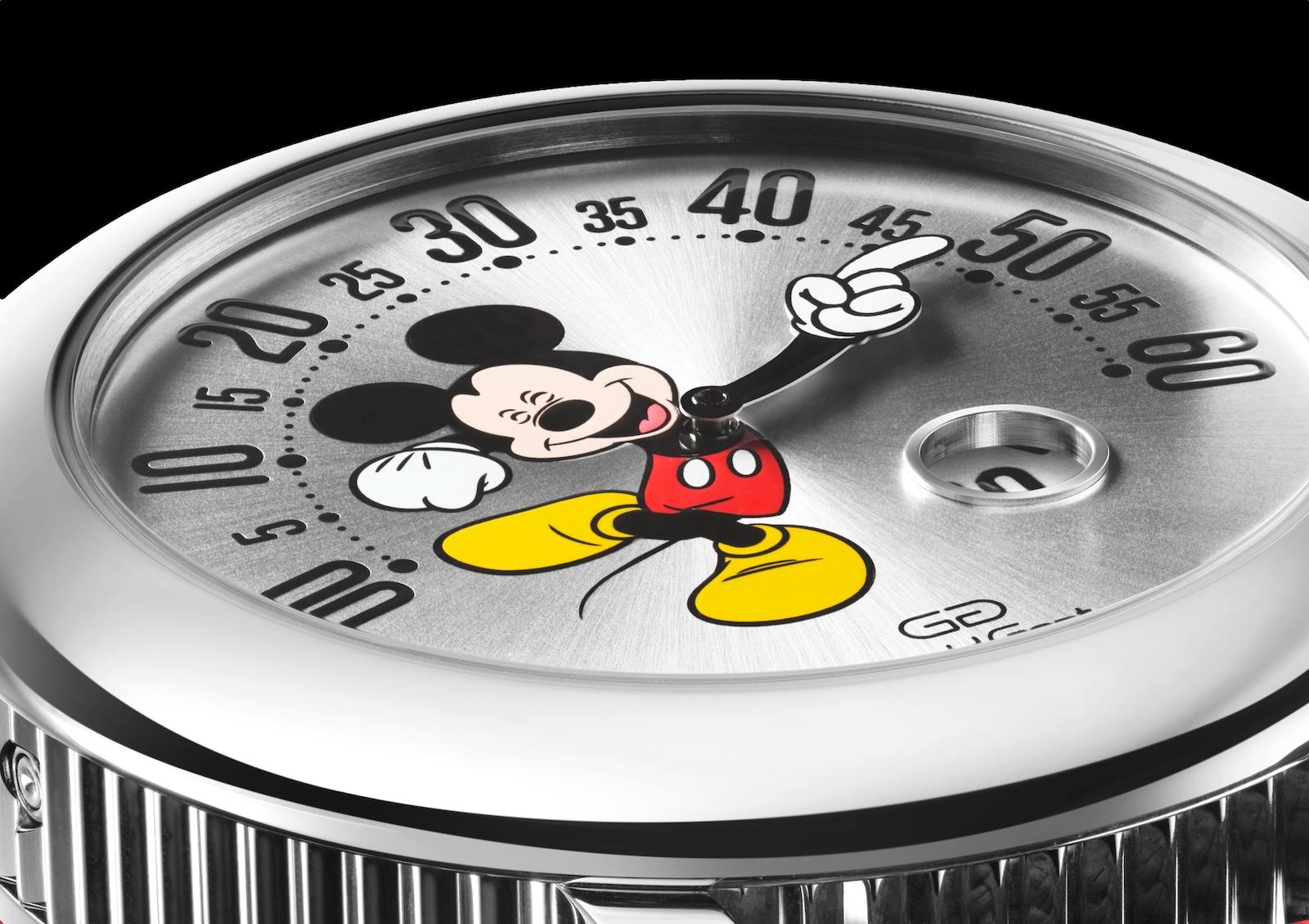 Gerald Genta Arena Retrograde Mickey Mouse - detalle esfera